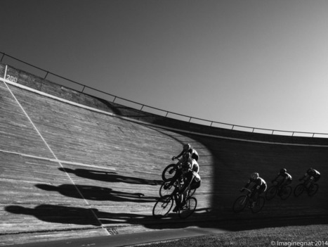 Shooting track racing at the NSC velodrome with the Olympus EM1 & Fuji X-T1 | liveimpression | Scoop.it