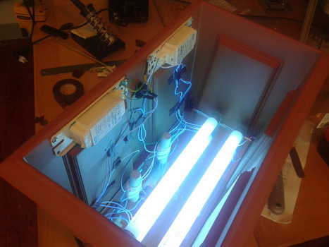 Cómo hacer una isoladora de PCBs con una.. maceta .DIY UV PCB exposure box | tecno4 | Scoop.it