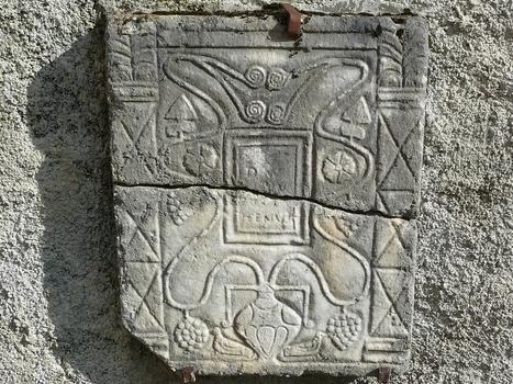 La stèle gallo-romaine de Guchan. Colombes auroises   Le blog de ...   Guchan   Scoop.it