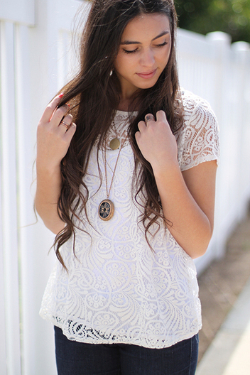 delicate laced blouse | Online shopping store | Scoop.it