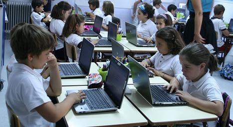 Herramientas para controlar un aula digital con un ordenador por cada alumno | Digitaula | Algo de Tics y otras cosa más | Scoop.it