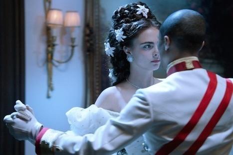 Chanel : Karl Largerfeld réinvente Sissi l'impératrice - Stylistic | Maison Chanel | Scoop.it