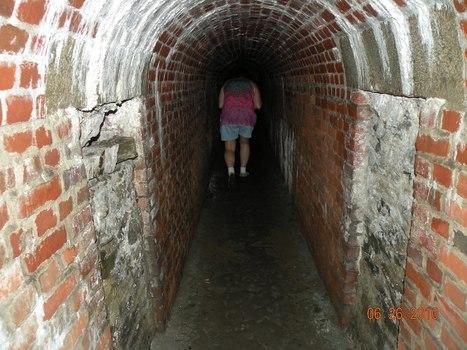 Listening tunnel | DESARTSONNANTS - CRÉATION SONORE ET ENVIRONNEMENT - ENVIRONMENTAL SOUND ART - PAYSAGES ET ECOLOGIE SONORE | Scoop.it