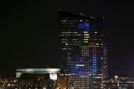 The World's Largest Game of Tetris, Played on a Philadelphia Skyscraper | Real Estate | Scoop.it