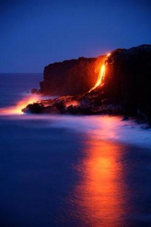 Twitter / ThatsEarth: The volcanoes of Hawaii. One ... | crazy about traveling | Scoop.it