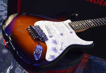 NAMM 2015: New Fender Dave Murray Stratocaster | Stratocaster | Scoop.it