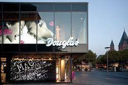 Le concept étranger à découvrir:Douglas ou le digital vraiment au service de l'expérience client | Nouvelles tendances de consommation | Scoop.it