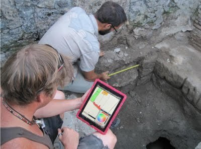 iPad helps archaeologists at Pompeii | Ancient History- New Horizons | Scoop.it