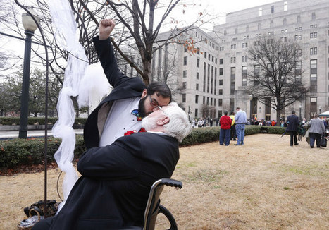 Same-Sex Couples Begin Marrying In Alabama After U.S. Supreme Court Action | Gay News | Scoop.it