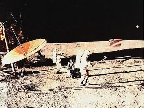 Twitter / History_Pics: Alan Shepard playing golf on ... | Golf | Scoop.it