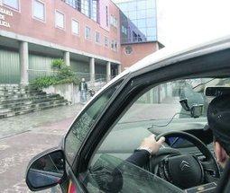 Un detenido defeca en un coche patrulla y se come sus propias heces   WTF   Scoop.it