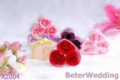 Aliexpress.com : Buy 60box Free Shipping XZ004 Rose Petals 3pcs/box Heart Box Wedding Favors 180pcs flowers from Reliable Party favors suppliers on Your Unique Wedding Favors | Soap Gift Set, Wedding Bubbles | Scoop.it