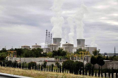 Les retraités d'EDF missionnés pour menacer les élus locaux et obtenir l'allongement de vie des centrales nucléaires périmées. | Europe Ecologie les Verts Rhône-Alpes | # Uzac chien  indigné | Scoop.it
