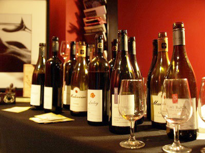 We believe in taking the taste to the people with our tastings and parties! | Pull a Cork! | Scoop.it