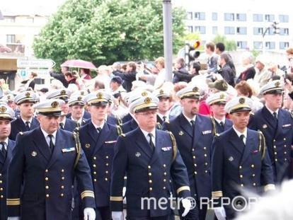 Armada de Rouen: Défilé des équipages - Culture - Metro Reporter | Armada de Rouen 2013 | Scoop.it