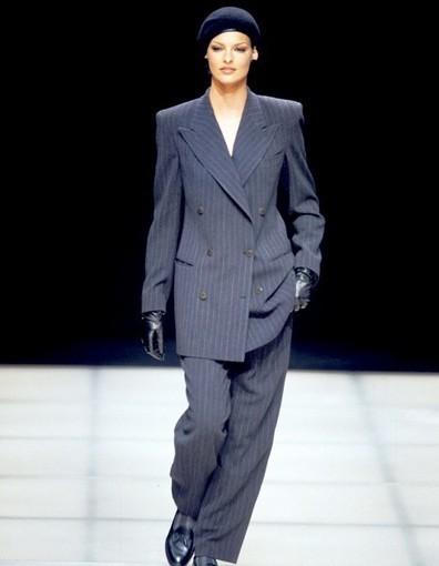 Working girl : des années 1950 à nos jours, ce que notre look dit de nous : Working girl 1950 | Mode Trends | Scoop.it