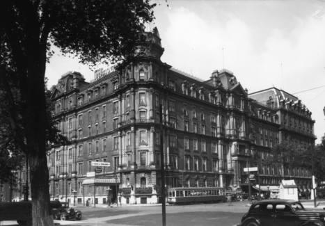 Hôtel Windsor (1170, rue Peel, à l'angle de la rue Cypress), 10 août 1936   Photos ancestrales de Montréal   Scoop.it