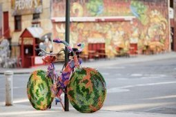 (Yarn) Bombs Away | artsnapper | Cris Val's Favorite Art Topics | Scoop.it
