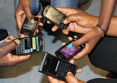 Text messaging brings on linguistic ruin - New Era   language policy   Scoop.it