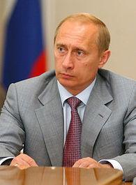 Vladimir Poutine veut établir un «corpus russe» de 100 livres | BiblioLivre | Scoop.it