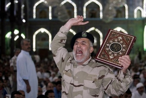 Iraq's parliament, deadlocked over leadership, meets briefly before adjourning until Tuesday