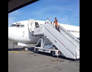 Toulouse : un Boeing 737 atterrit en urgence 20 minutes après son décollage | AFFRETEMENT AERIEN KEVELAIR | Scoop.it
