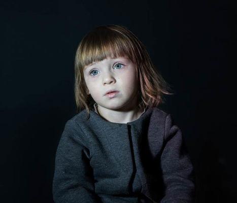 Zombie Kids – Photographier des enfants pendant qu'ils regardent la télévision | Jaclen 's photographie | Scoop.it