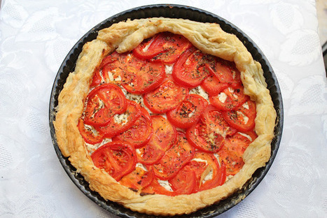A Light Perspective: A Party Tart With Goats Cheese, Parmesan & Tomato | Recipes from the world on Scoop! | Scoop.it