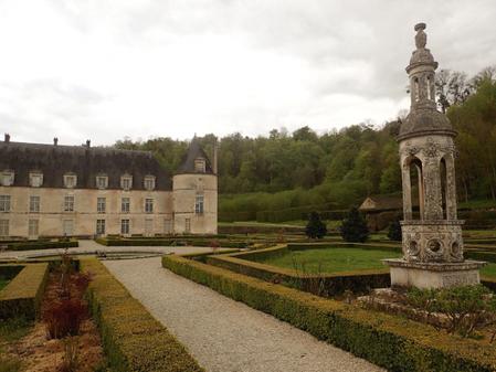 Au château de Bussy Rabutin, la biodiversité est Monument national | Les colocs du jardin | Scoop.it