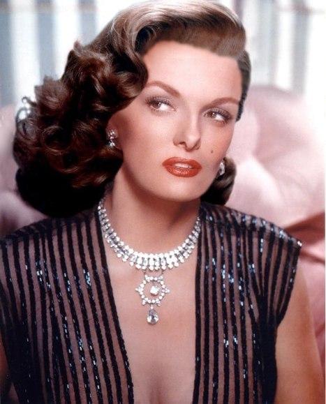 Vintage Beauties: Jane Russell | Vintage Beauties | Skinny VS Curvy | Vintage Whatever | Scoop.it