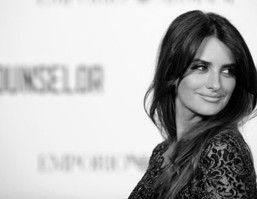 Why Michael Fassbender's Sex Scene With Penelope Cruz Was Awkward - Movie Balla | Daily News About Movies | Scoop.it