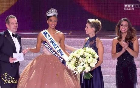 Flora Coquerel, alias Miss Orléanais, rafle la couronne de Miss France 2014. | La revue de presse de Normandie-actu | Scoop.it