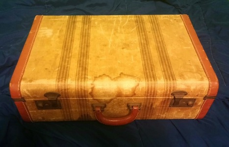 Histocrats in the Classroom: Create Your Own Traveling Teaching Trunks | Primary Source Analysis | Scoop.it