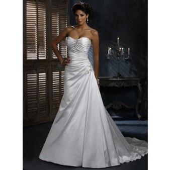 Chapel Train Sweetheart Neckline A-line Silhouette Diamond White Wedding Dress Cheap for Sale | Wedding Dress 2013 for cheap collection | Scoop.it