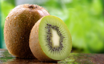 """Chase the Common Cold away with Kiwifruit (""""if you are tired of the common citrus, try this"""") 