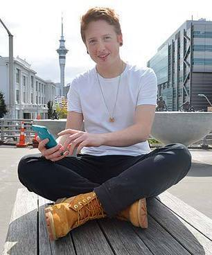 Phone app will aid teens... | LGBT Youth | Scoop.it