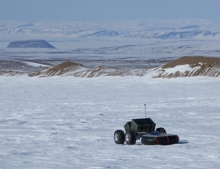Curiosity's Cousins: Autonomous Polar Robots Explore Earth's Extremes - Wired | Robots and Robotics | Scoop.it