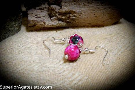 Fuschia Minimal Silver Dangle Earrings | Wire Wrapped Stone | Scoop.it