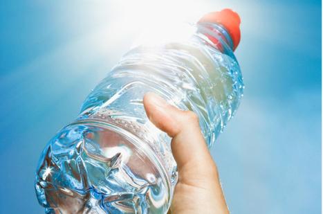 Les bouteilles d'eau laissées à la chaleur sont cancérigènes | Autres Vérités | Scoop.it