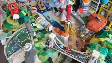 Bristol transformed into Briswool by knitters | Skab dig! | Scoop.it