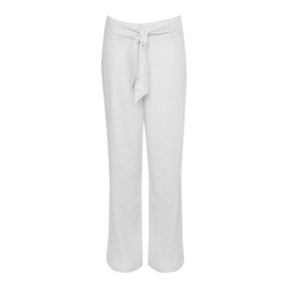 Classy White Trousers- All Time Favorite Outfits for Ladies | Besaz Boutique | Scoop.it