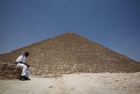 El primer escaneado de la pirámide de Keops apunta que podría haber pasadizos ocultos o materiales sin descubrir | Egiptología | Scoop.it