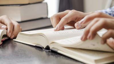 Britten willen papieren schoolboek terug in de klas | Onderwijs, ICT, Internet | Scoop.it
