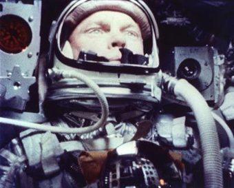 20 février 1963 - Célébration du 1er anniversaire du vol de la capsule Friendship 7 emportant John Glenn, le 1er américain dans l'espace. | Que s'est il passé en 1963 ? | Scoop.it