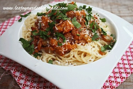 Spaghetti à la bolognaise aux saucisses de poulet et lentilles | Les recette de les joyaux de sherazade | Scoop.it
