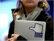 Facebook extends pay-to-message trial | Clipping Book PR | Scoop.it