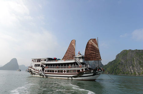 Royal Palace Cruise | Halong Royal Palace Cruise Agency | Halong Bay Deluxe Cruises from us 90$ - 150$ | Scoop.it