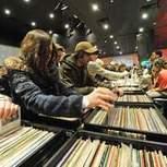 Increase in demand: Vinyl LP Sales Highest In A Decade, Says BPI | Economic | Scoop.it