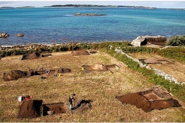 Archaeological dig seeks evidence of the very first islanders' arrival - This is Cornwall | Pre Pottery Neolithic Period | Scoop.it