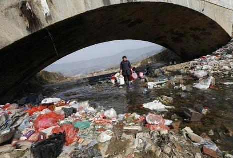 China's Pollution Crisis: Nearly Two-Thirds Of Underground Water Is Graded Unfit For Human Contact, Report Says | Water issues in China | Scoop.it